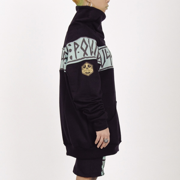 Sudadera High Neck Pussypower turquoise lado